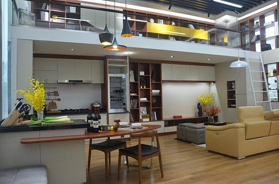 客厅及开放式厨房,loft装修也可以参考哦图片